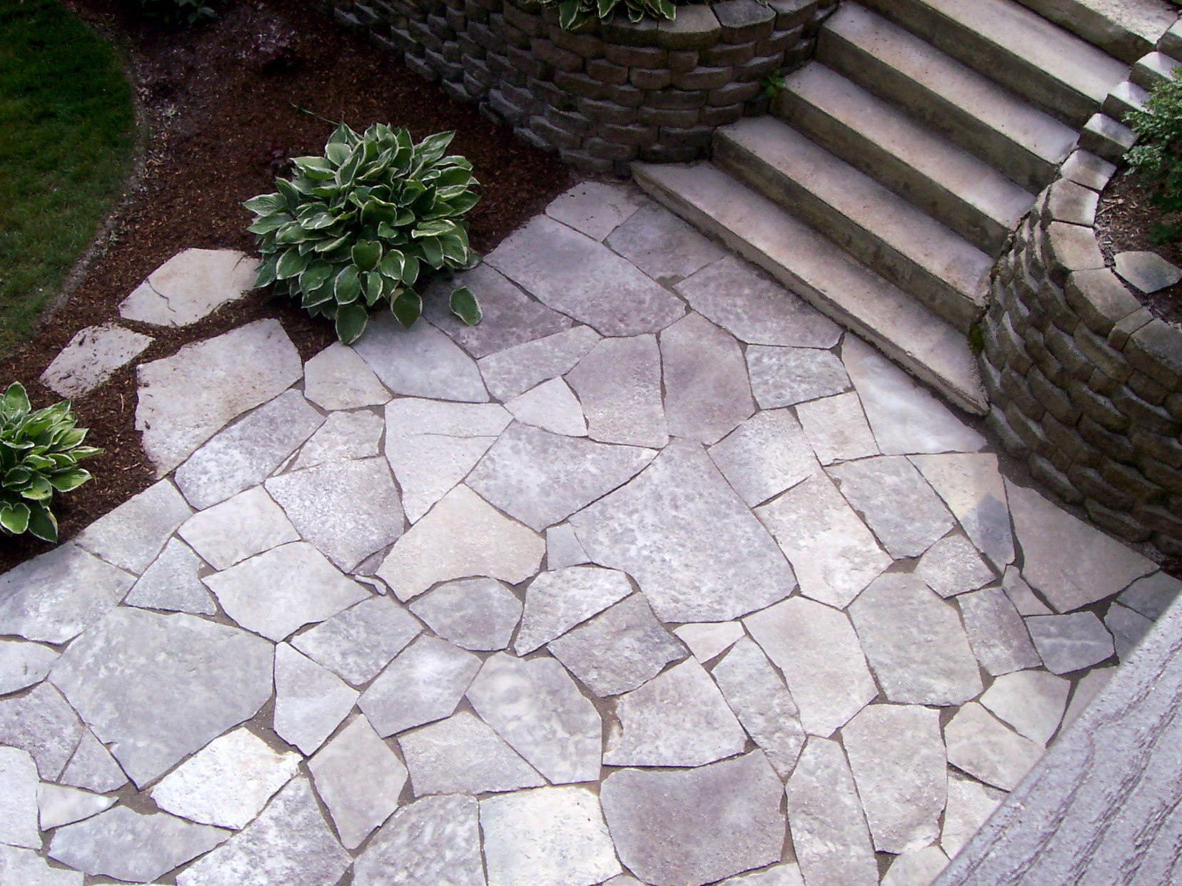 Flagstone Patio With Stone : Should i use concrete or pavers for my chicagoland patio