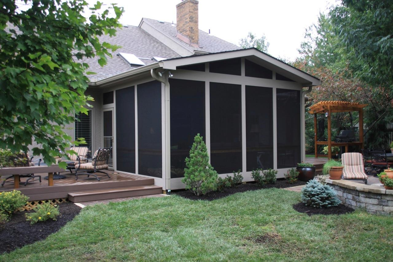Leawood ks porches sunrooms and decks - Screen porch roof set ...