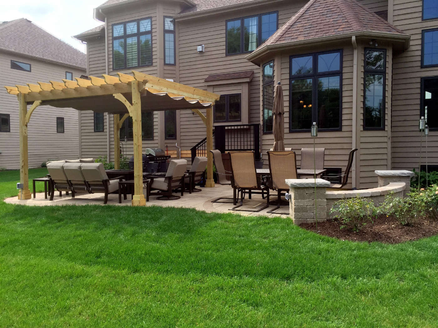 Custom Patio With Retaining Wall In Naperville IL By Archadeck