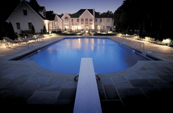 Louisville outdoor lighting design ideas for Pool design louisville ky