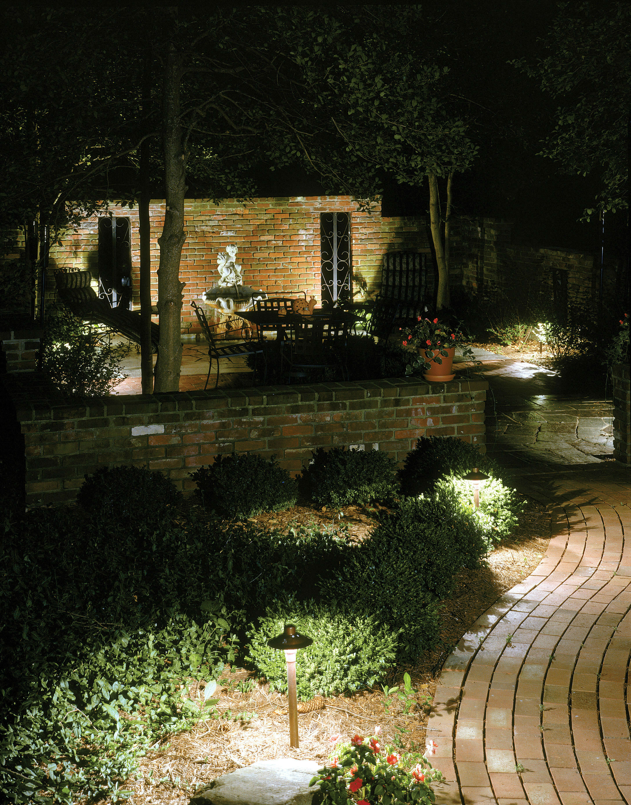 Beautiful Low Voltage Yard Lights