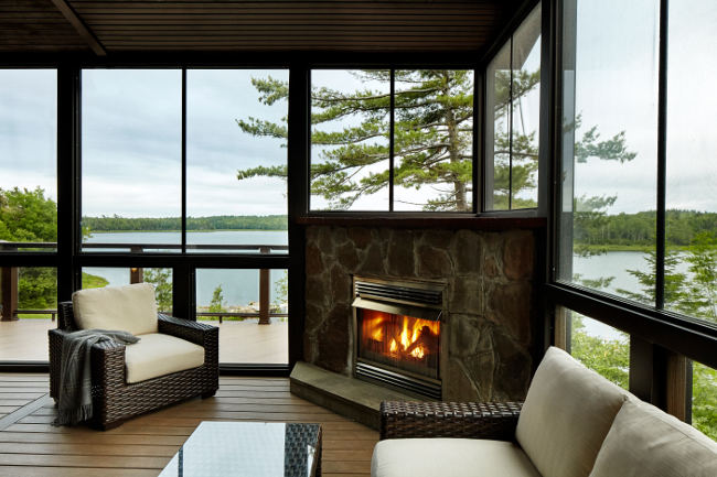Enjoy continuous air flow and protection from irritating bugs. Screened rooms are perfect additions to any Halifax balcony