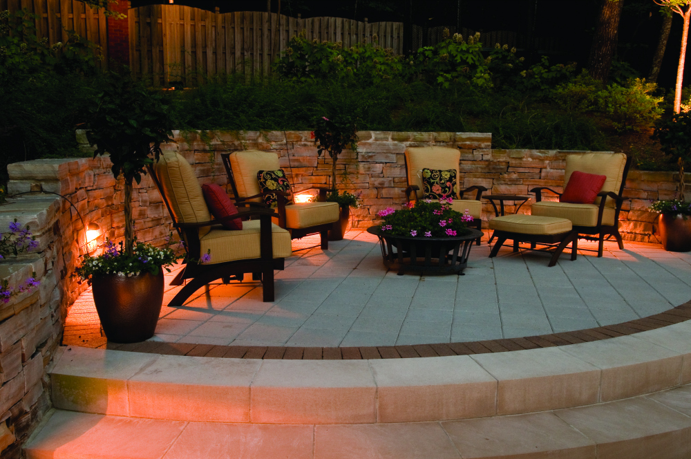 Northern Ohio patio lighting. Enjoy your patio from the day long into the evening with professional Cleveland area patio lighting. We have a number of ways we can light your patio from perimeter lighting to wall lighting and more. Every lighting design is custom to work with your home.