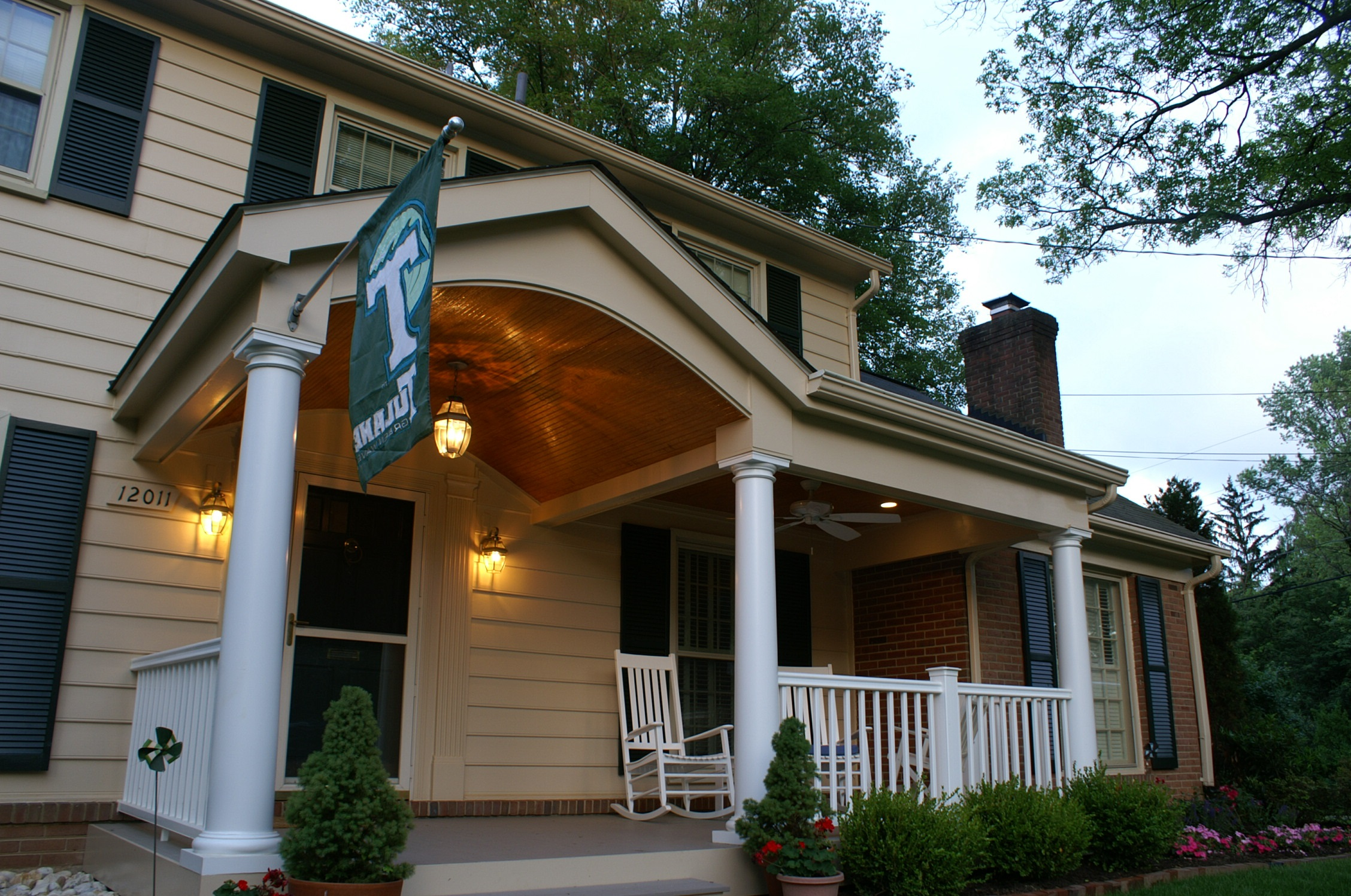 Porches of central md archadeck outdoor living for Portico porch designs