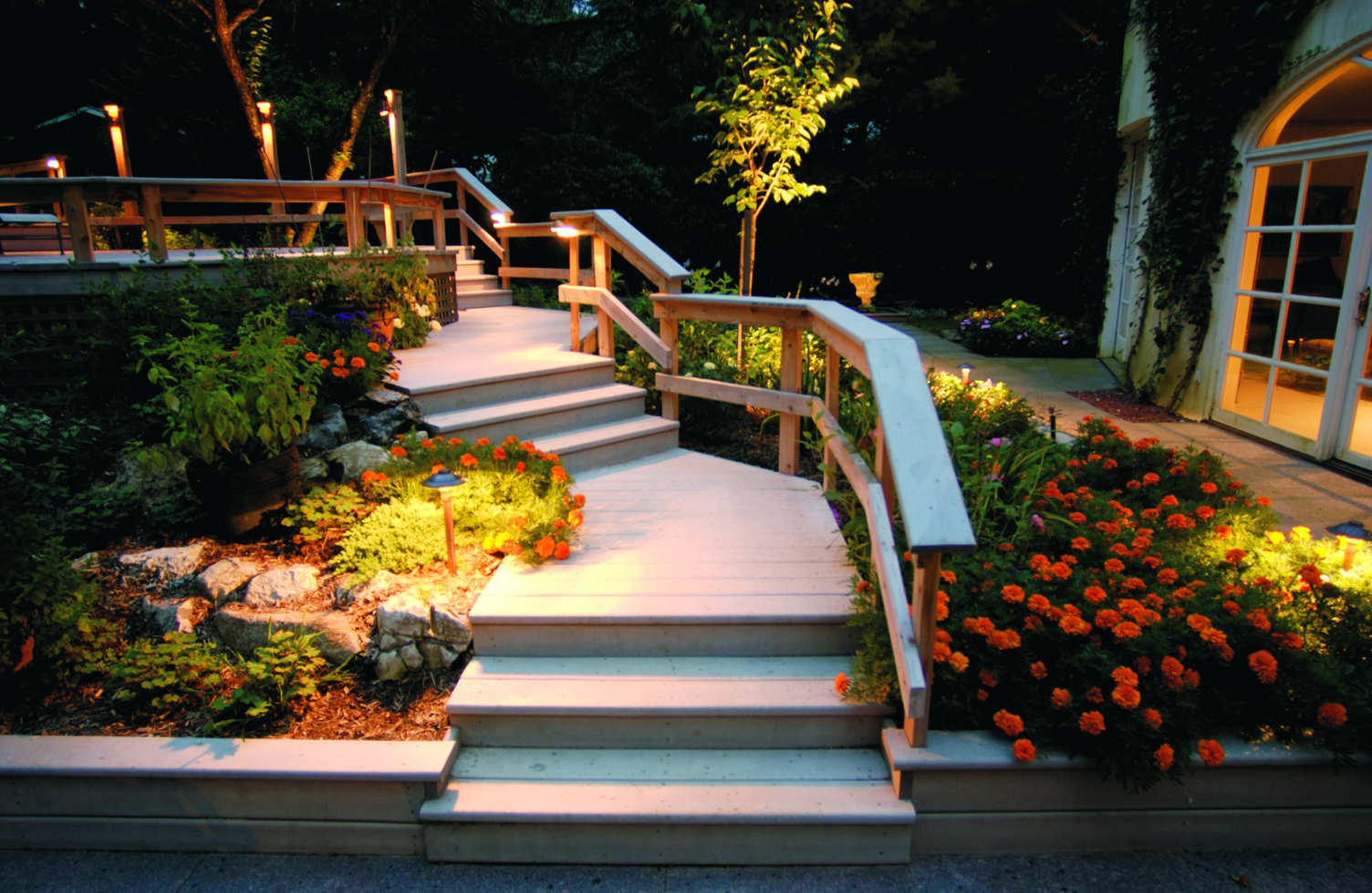 LED Outdoor Lighting for your Minneapolis area home