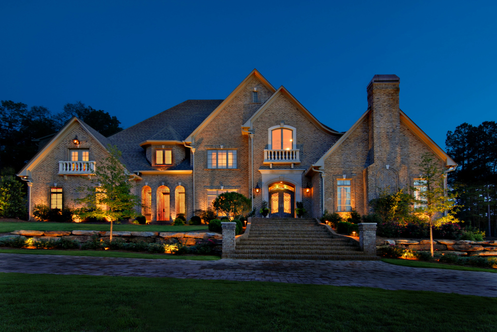 St. Louis estate home outdoor lighting