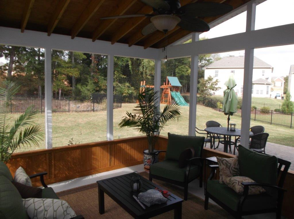 A Salt Lake City Screened in Porch for Luxurious Outdoor ...