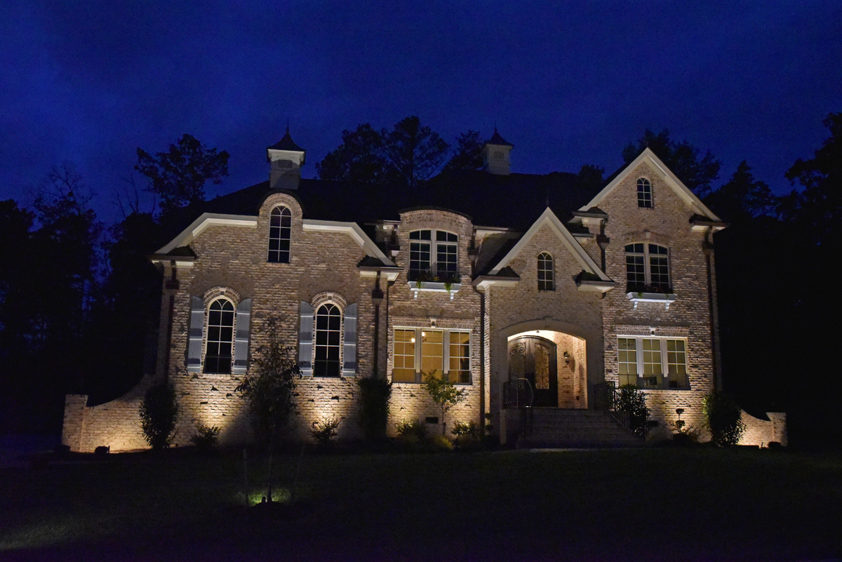 Maple Grove LED Outdoor Lighting Gallery & Design