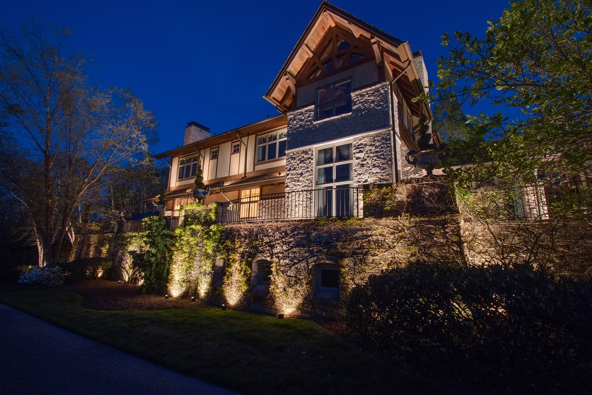 Outdoor lighting perspectives nashville outdoor lighting weve been designing and installing outdoor lighting in nashville for over 30 years aloadofball Choice Image