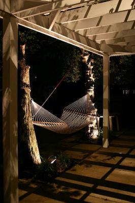 Outdoor spotlighting design