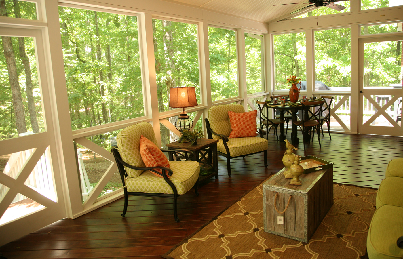 Spectacular Screened Porch in the Macon, Warner Robins area Thumbnail