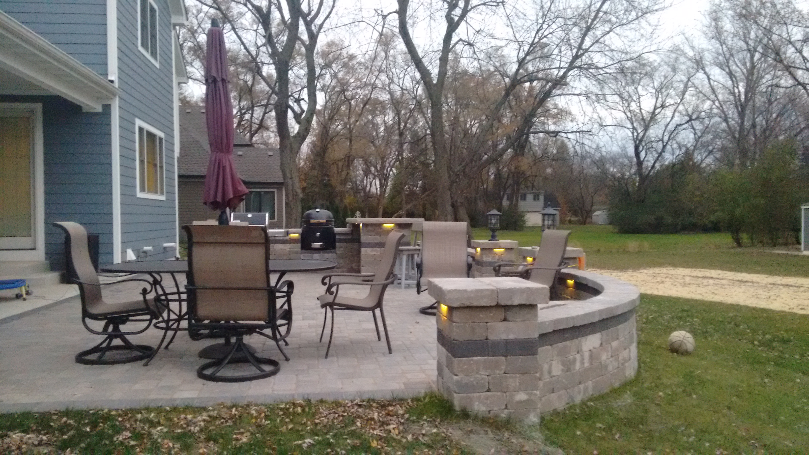 Belgard Patio With Grill Surround And Fire Pit In Westmont, IL Thumbnail