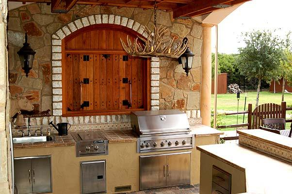Complete Outdoor Kitchen