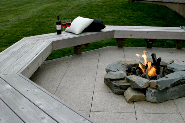 Archadeck Cedar Bench Fire Pit