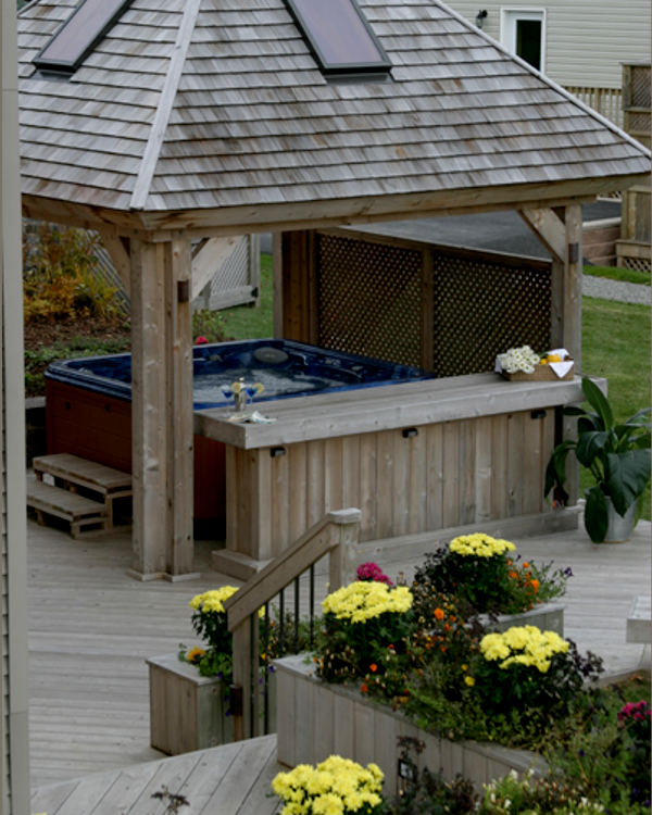 Archadeck Cedar Deck Hottub