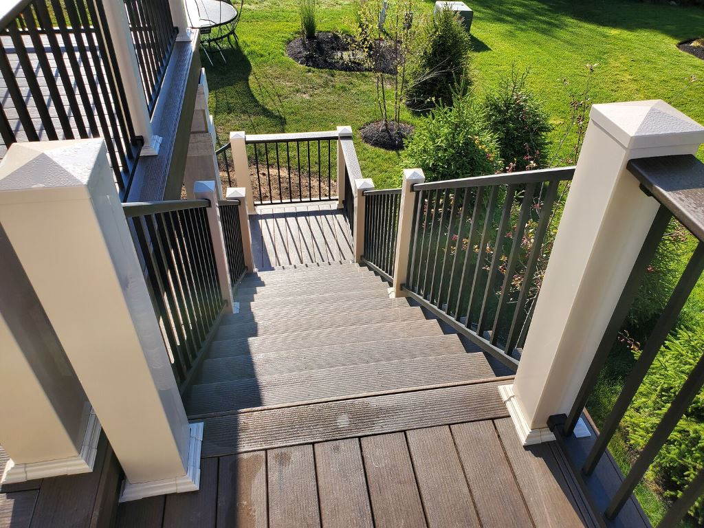 Every-element-of-this-deck-design-is-like-poetry-in-motion