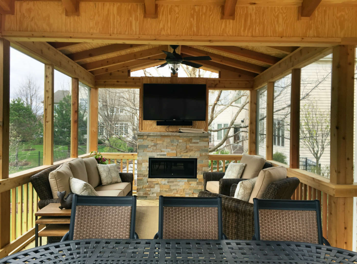 How to Enjoy Your Outdoor Living Space This Fall ... on Outdoor Gas Fireplace For Deck id=79066