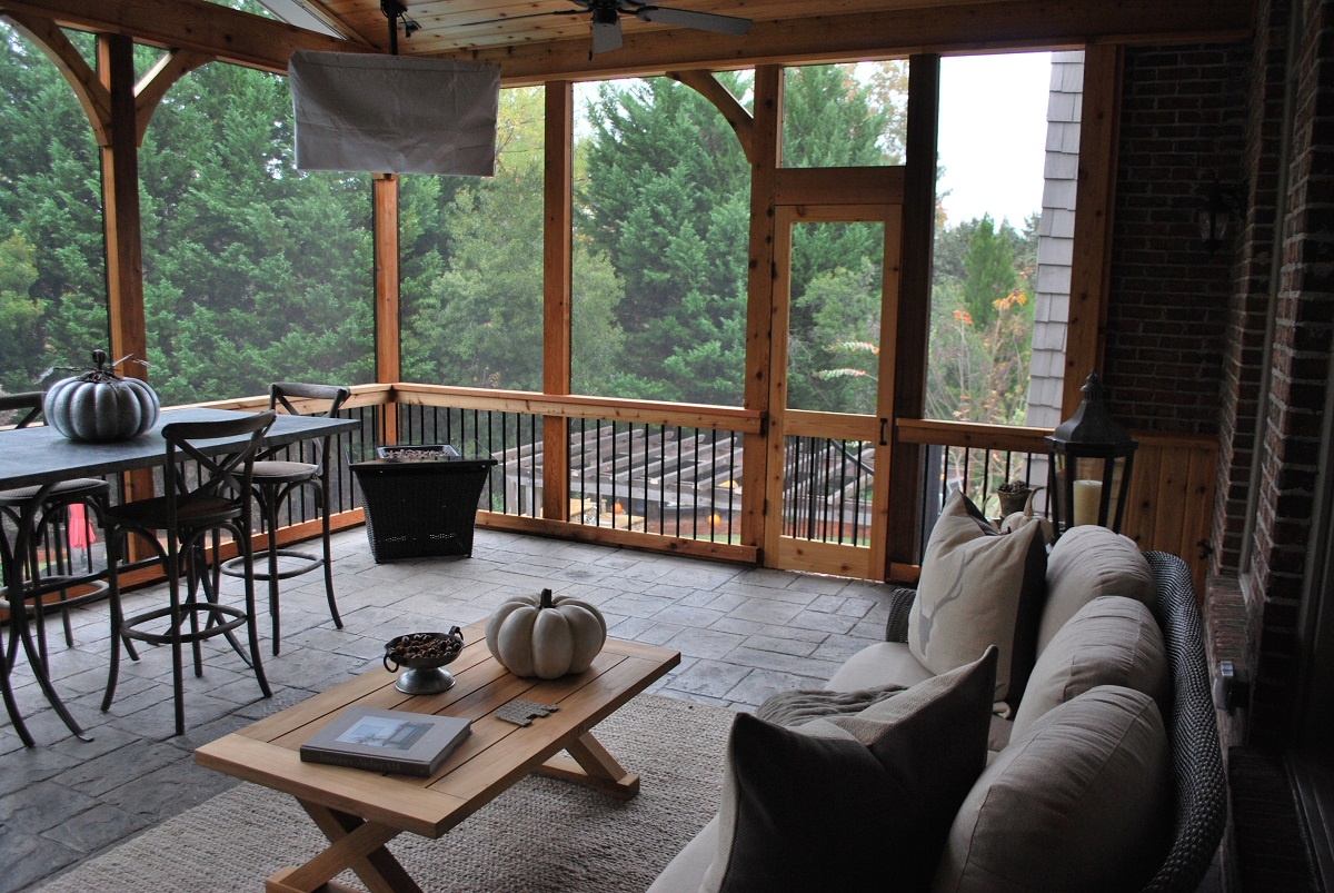Porches-are-perfect-for-any-season