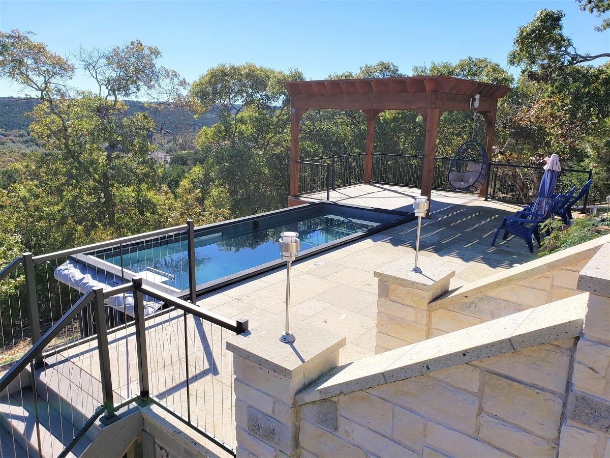 low-maintenance- AZEK-pool-deck-and-pergola-in-leander