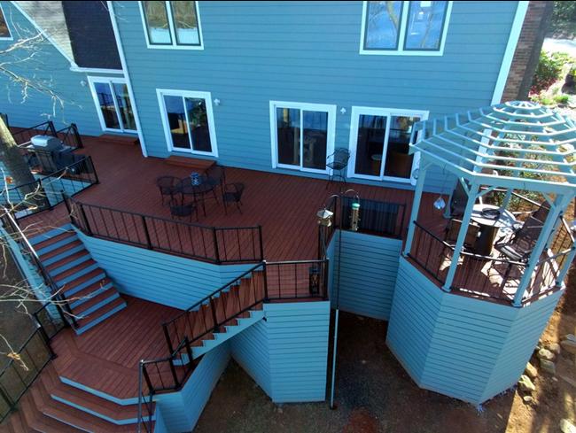 Stunning-deck-designed-with-bird-watching-in-mind