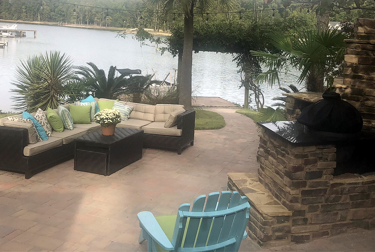 This-private-backyard-escape-on-Lake-Murray--transports-the-senses