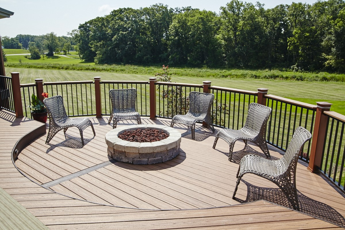 Stunning-low-maintenance-deck-with-integrated-fire-pit