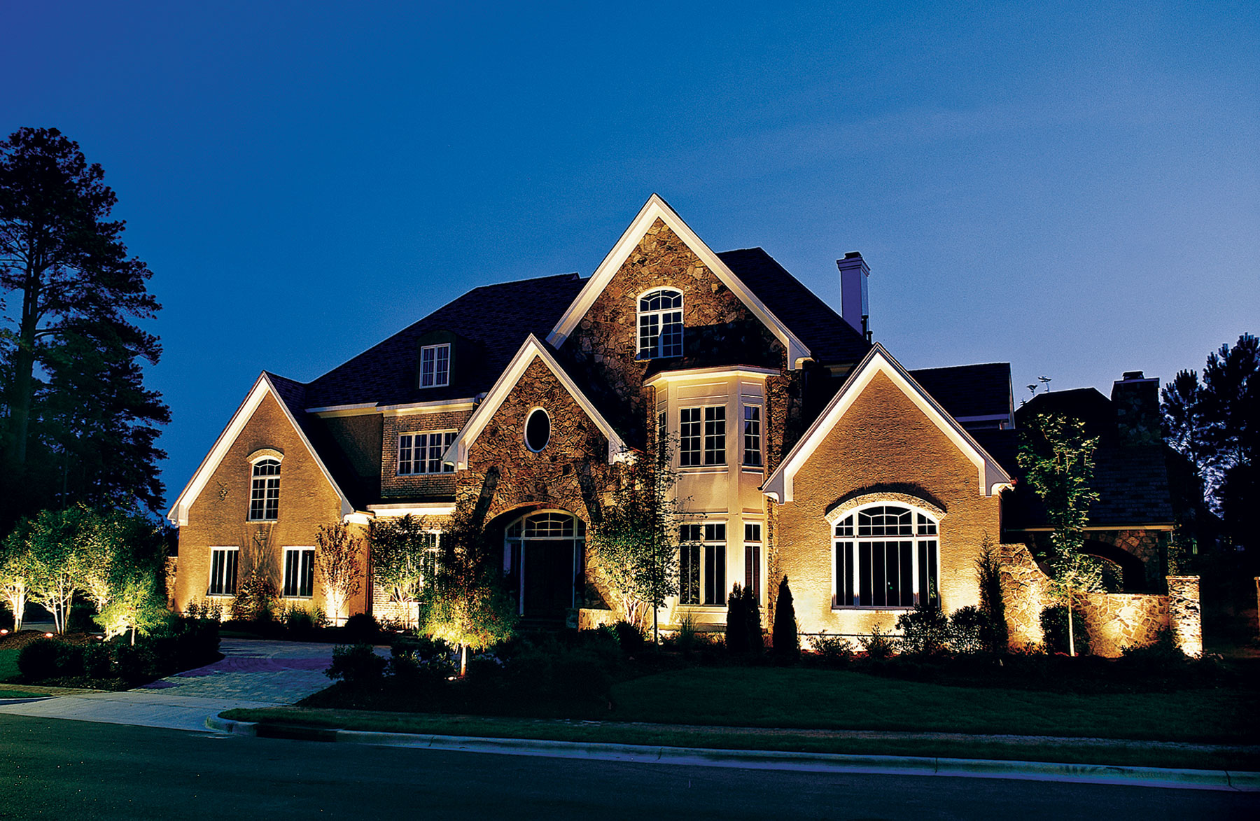 Create Curb Appeal for Your Home Thumbnail