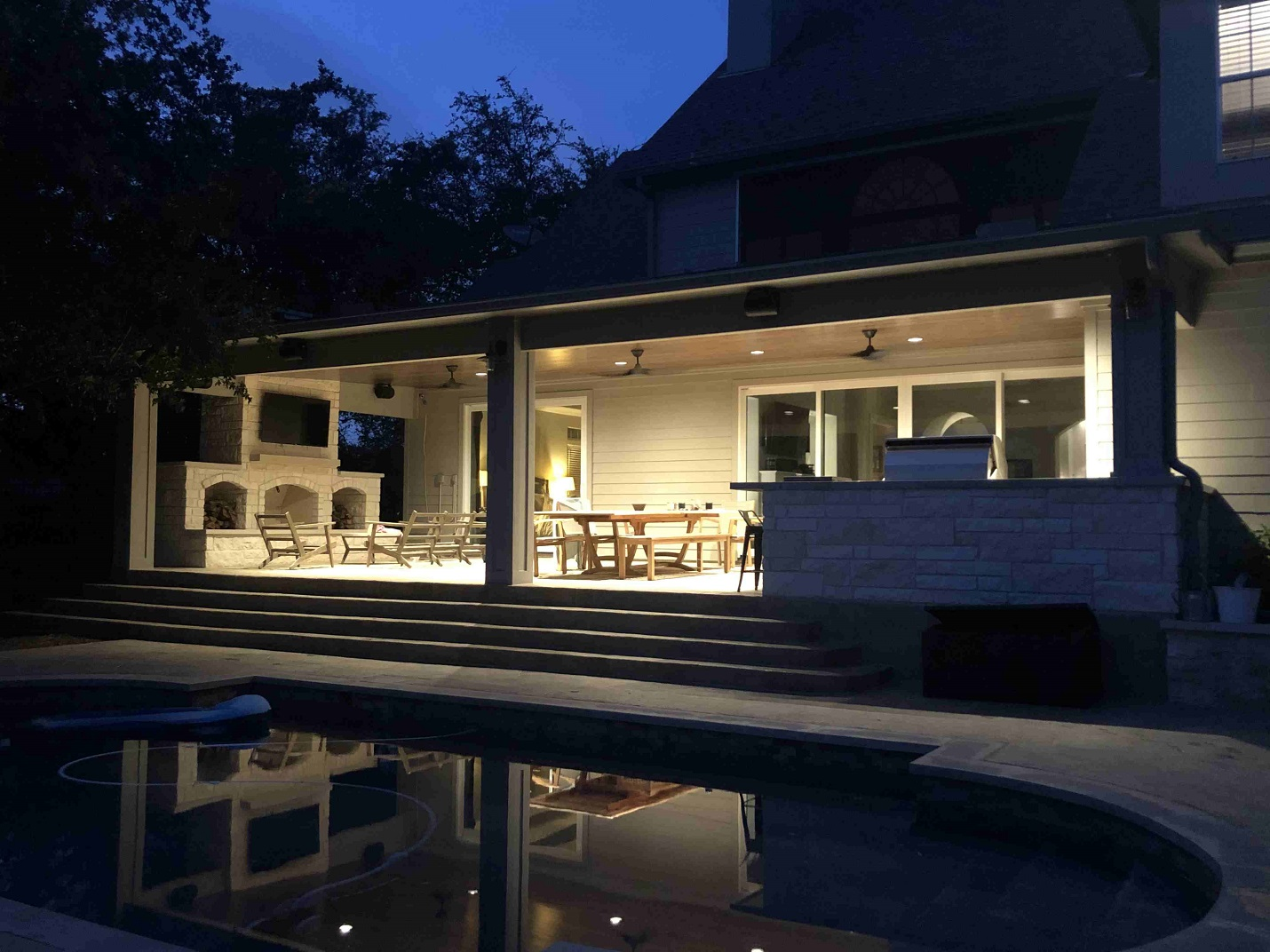 Amazing-shot-of-new-covered-patio-at-night