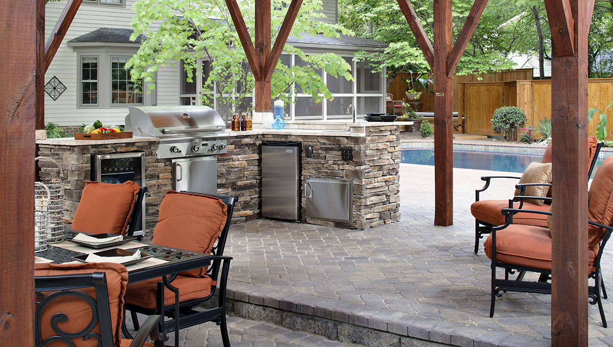 texas style patio and outdoor living space