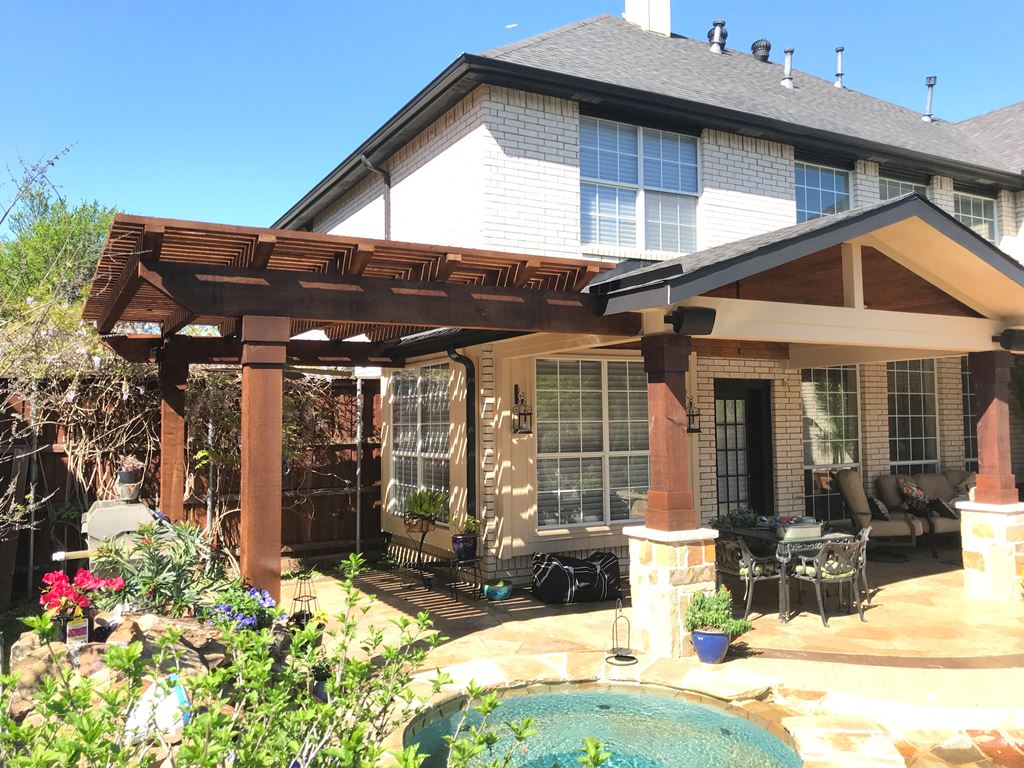 Coppell-poolside-pergola-and-porch