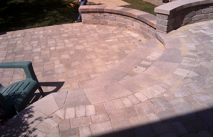Chicagoland paver patio builder