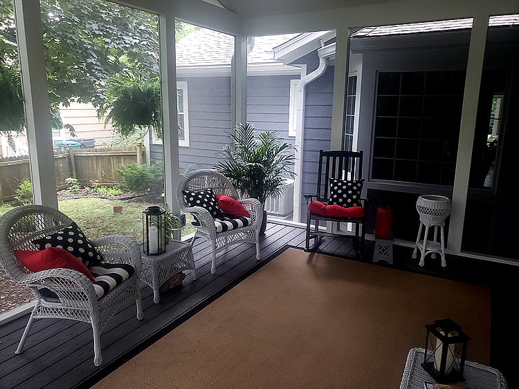 Leawood KS screened porch