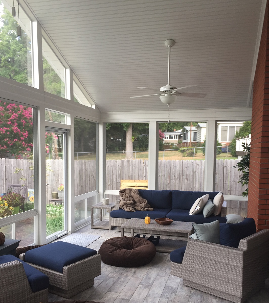 Sunny-and-light-screened-porch