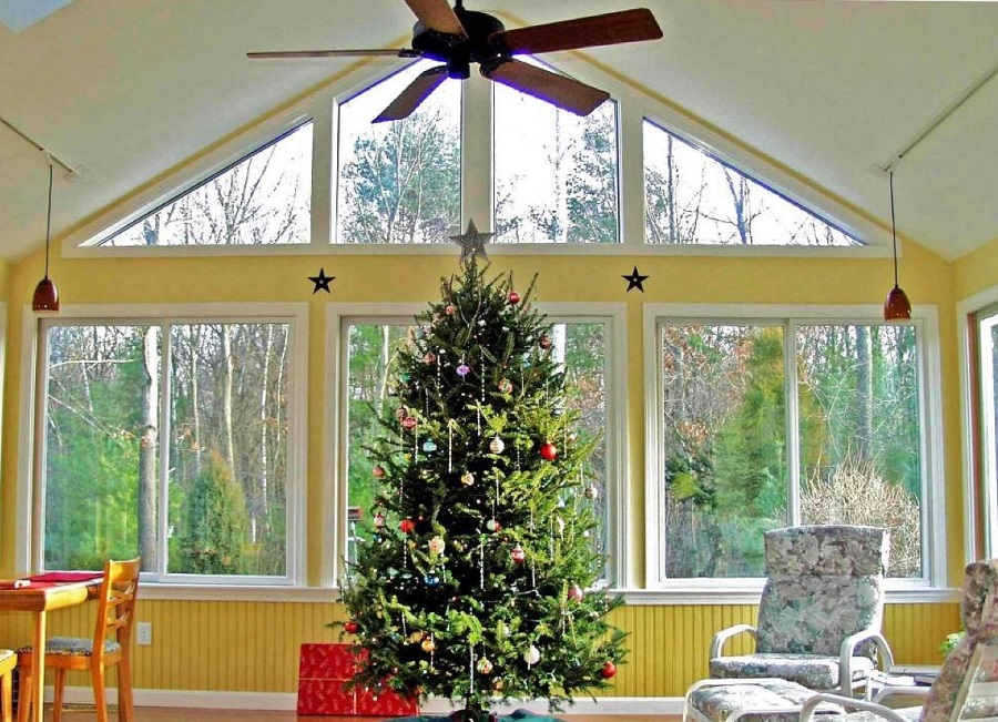 Just-imagine-the-benefits-of-a-sunroom-during-the-holidays