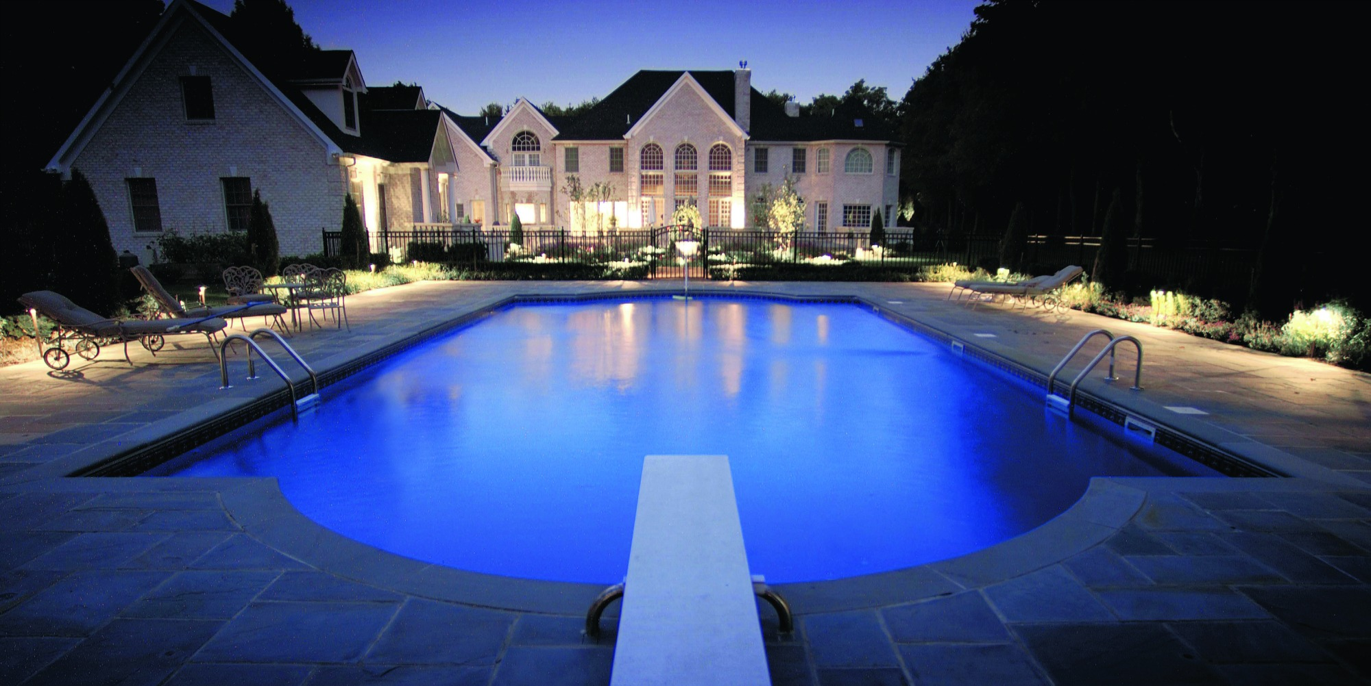 Rochester ny area outdoor lighting company design and for Pool design rochester ny