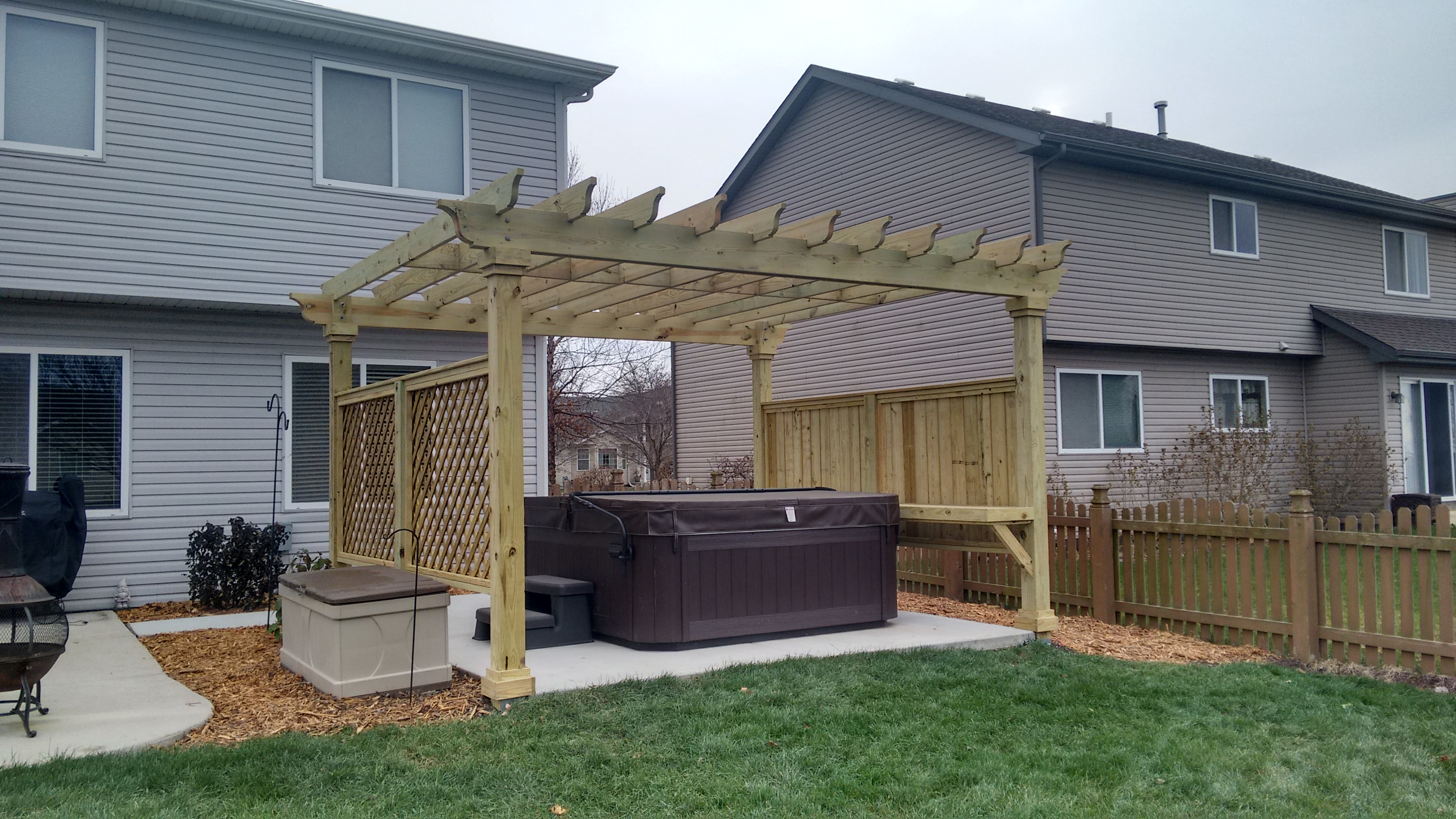 Pergola Hot Tub Surround in Joliet, IL Thumbnail