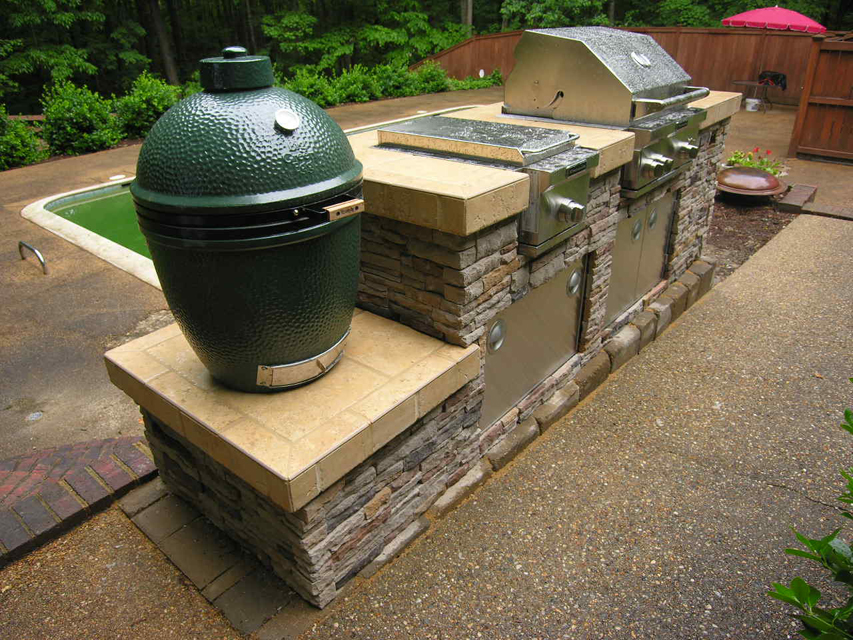 Outdoor Kitchen Amenities