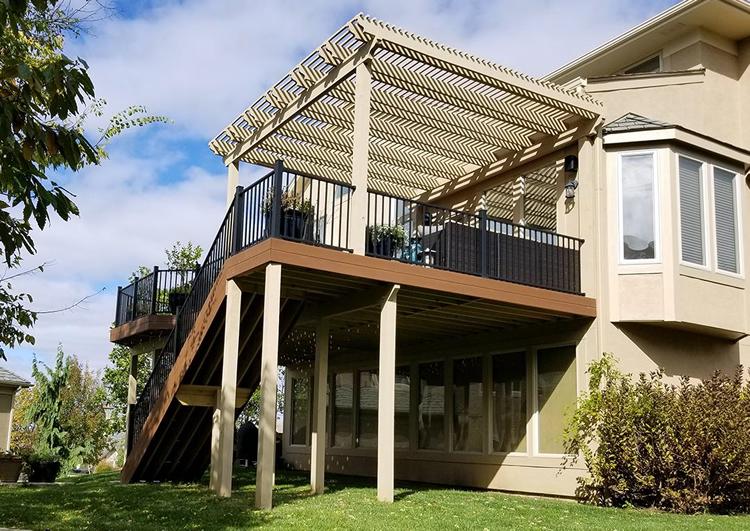 composite deck and pergola