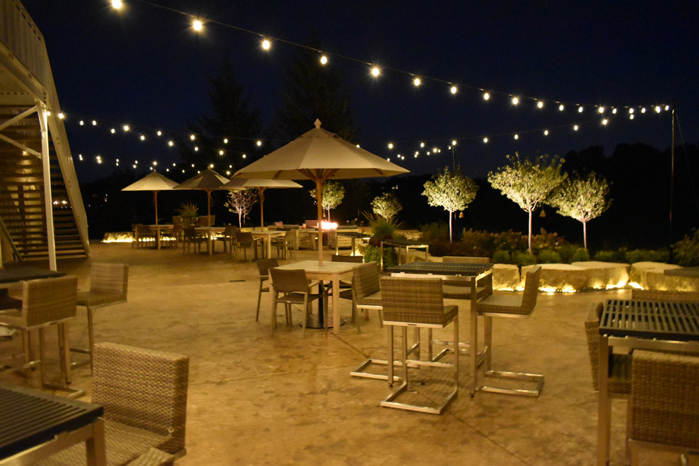 commercial outdoor lighting creates a gorgeous atmosphere