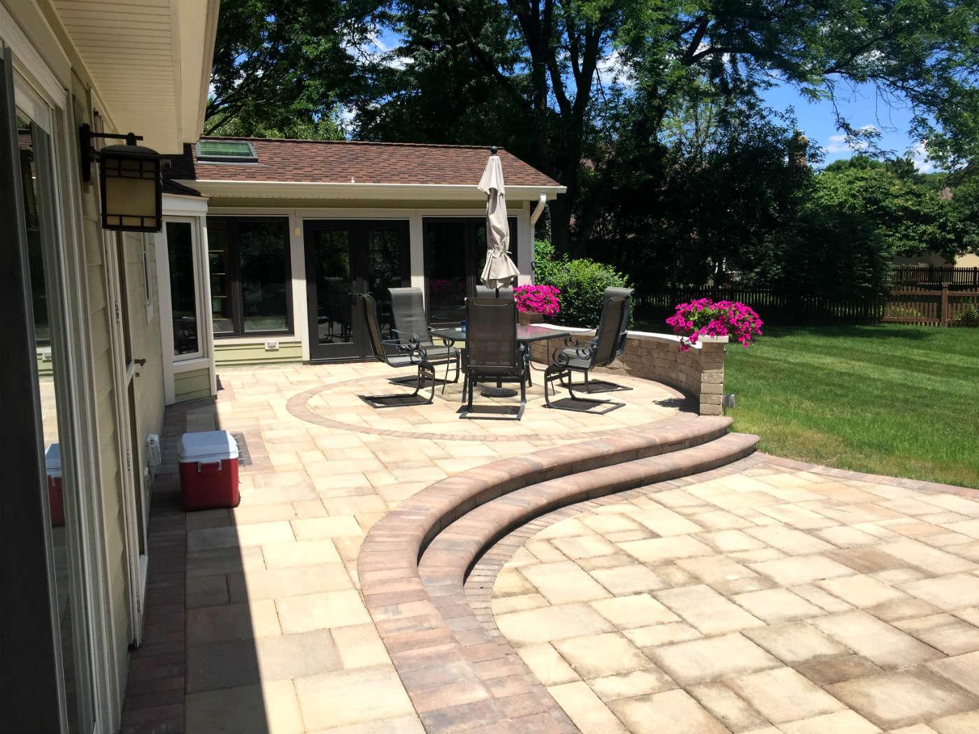 Naperville patio designer