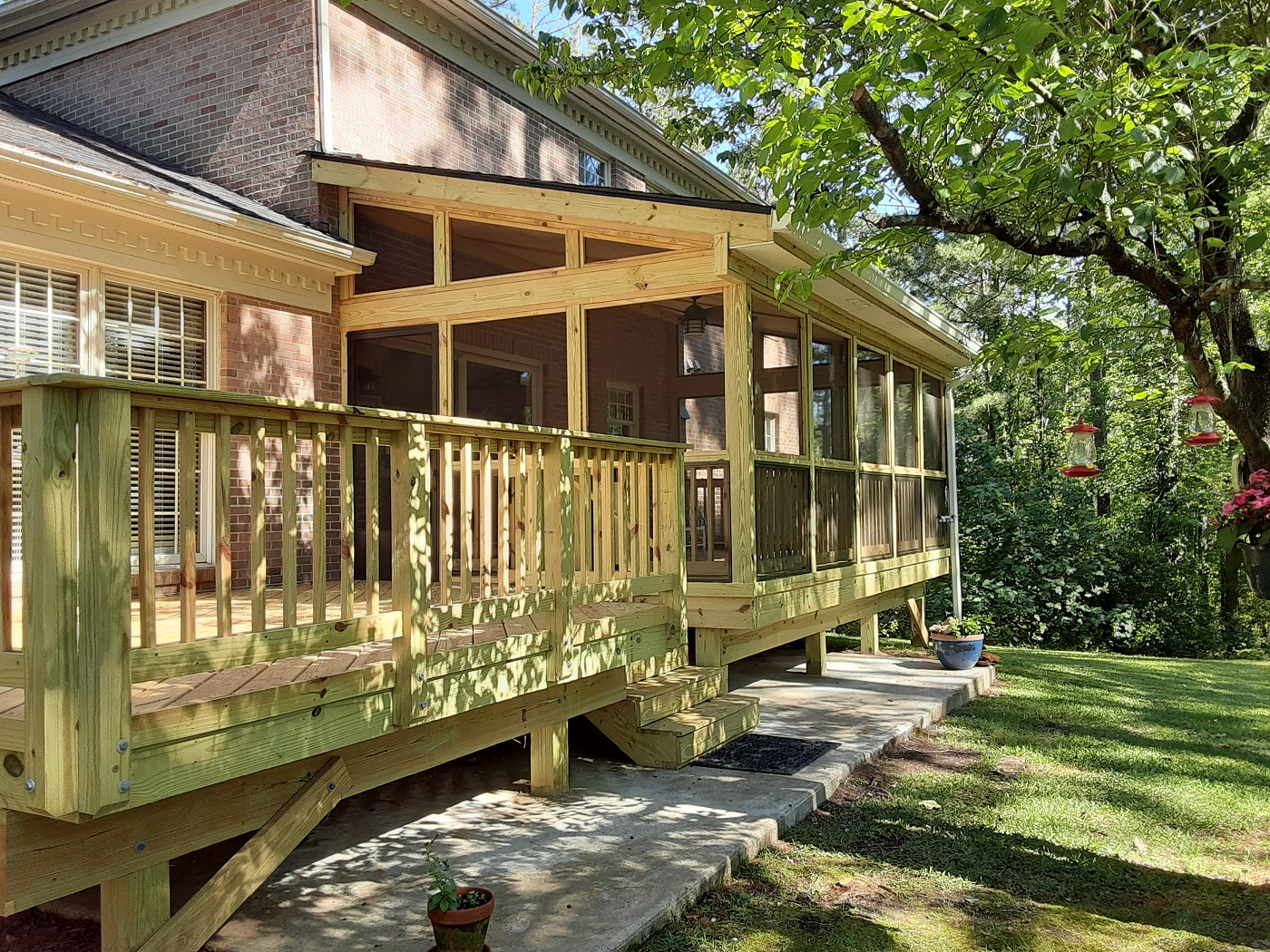 These-River-North-homeowners-are-loving-their-new-deck-and-porch