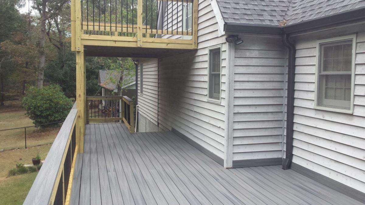 Monroe-County-GA-redecking-from-wood-to-Fiberon-low-maintenance-decking