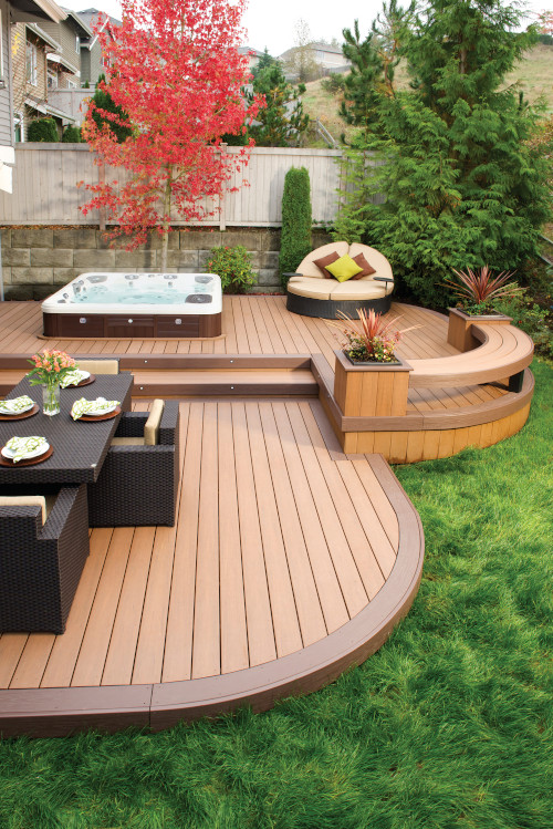 curved deck accent