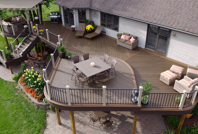 curved decking trends