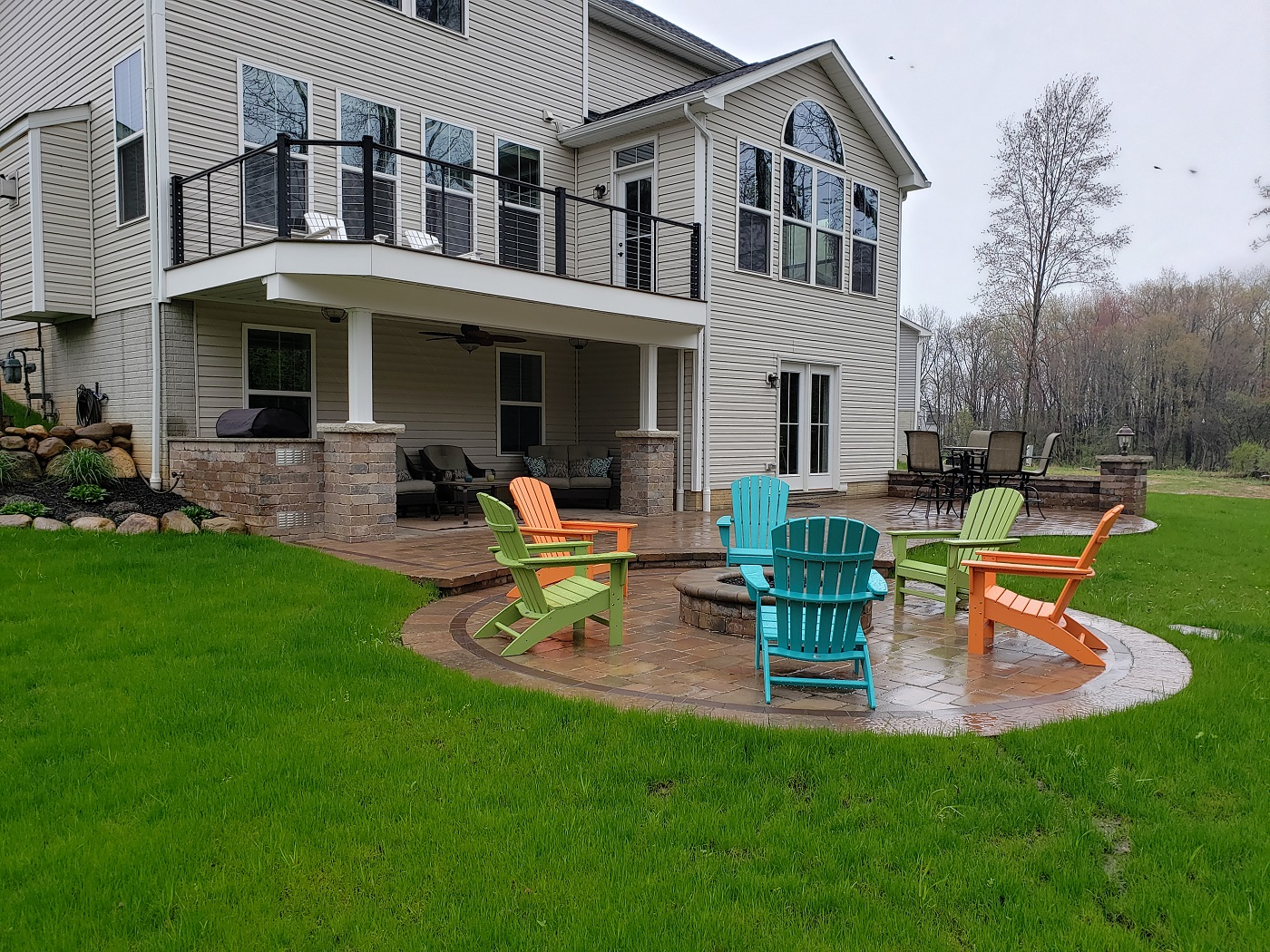 Outdoor-living-combination-space-in-Wadsworth-OH