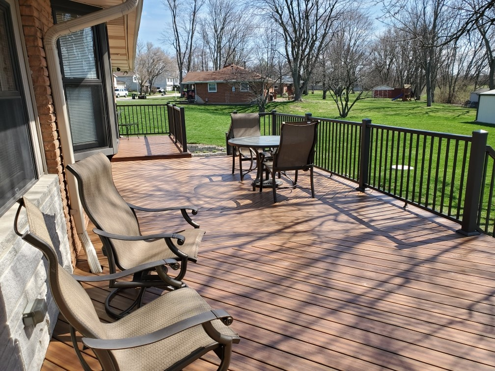 Low-maintenance-decking-allow-more-time-to-focus-on-living-outdoors-instead-of-working-outdoors