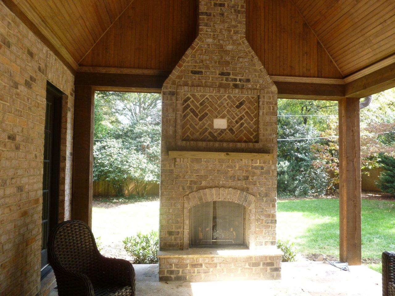 Raleigh durham outdoor fireplace builder for Wood burning stove for screened porch