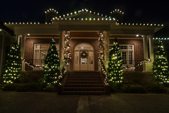 With outdoor Christmas wreaths garland and roofline LED C9 lights we can create a classic look that will knock your socks off. & Live the Easy Life with Professional Christmas Light Installation ...