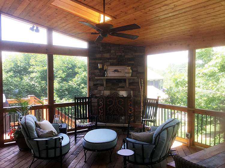 screened porch contractor Leawood KS
