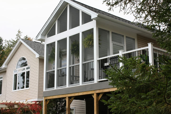 large trex decking porch   Large Composite Deck with Screen Porch